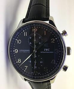 Iwc Portuguese 03 (41mm) chronograph esfera negra/piel negra