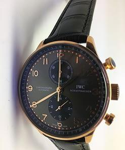 Iwc Portuguese 02 (41mm) chronograph esfera negra/Oro