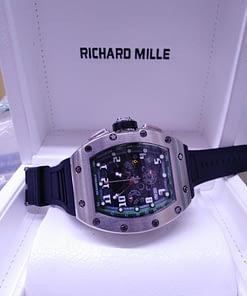 Richard Mille 11, esfera negra, caja de acero, correa de cauco negro, chronograph